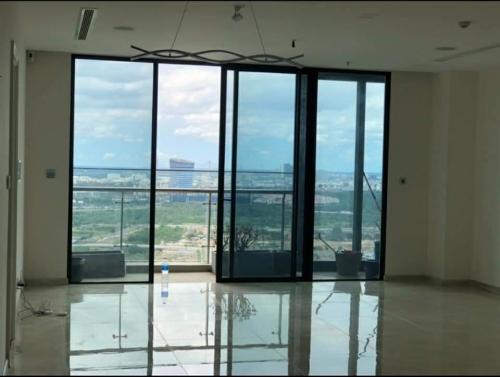 Bán căn hộ view sông 3 Phòng Ngủ, toà Aqua 2, Vinhomes Golden River hinh3
